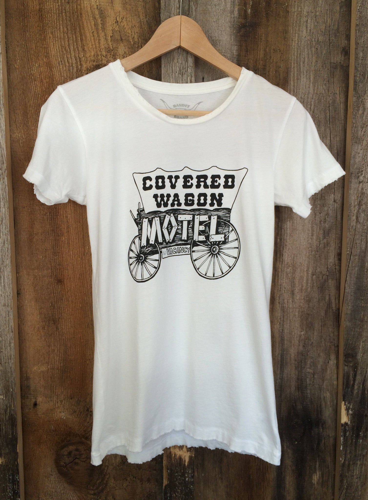 Covered Wagon Motel Womens Tee White/Blk