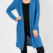 Load image into Gallery viewer, Soft Pocketed Cardi Plus
