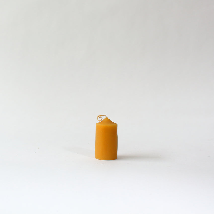 Beeswax fat candle 11cm