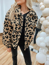Load image into Gallery viewer, Après Leopard Button Up Jacket - Finding July