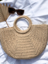 Load image into Gallery viewer, Big Woven Basket Bag - Finding July