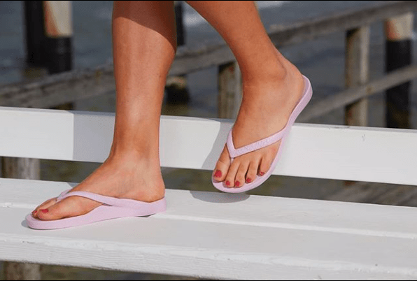 ARCHIES THONGS LILAC - Noosa Footwear Co.