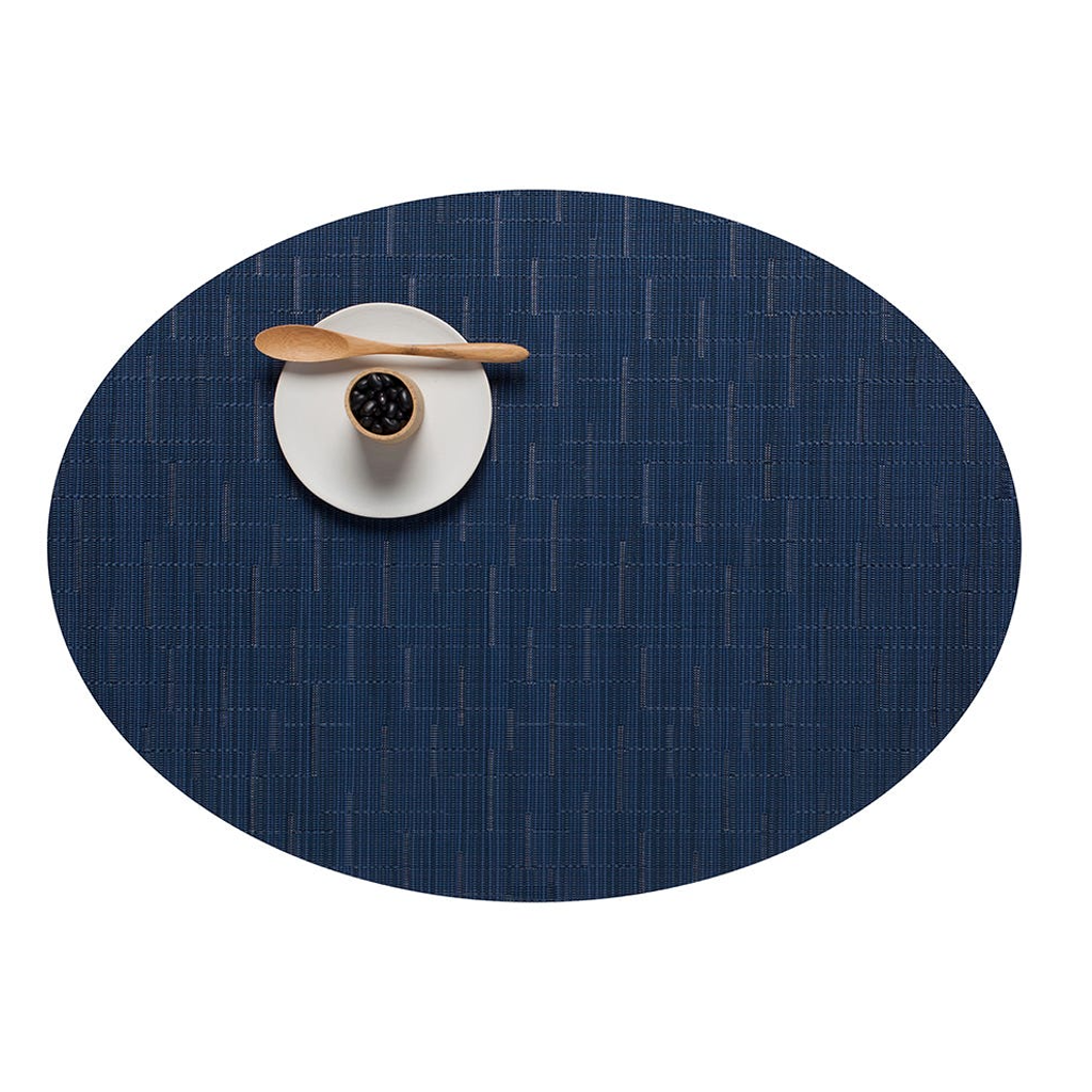 CHILEWICH BAMBOO OVAL PLACEMAT IN LAPIS