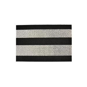 BOLD STRIPE DOORMAT IN BLACK AND WHITE