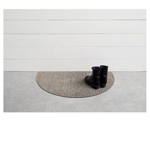 CHILEWICH HEATHERED SHAG WELCOME MAT IN PEBBLE