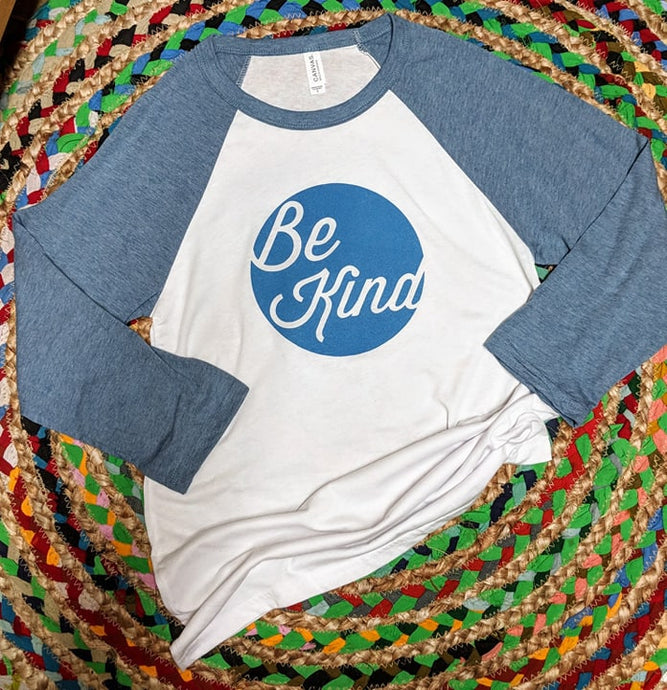 Heather blue/soft gray Be Kind Raglan