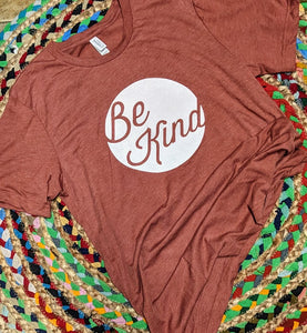 Brick Heather Be Kind T-shirt