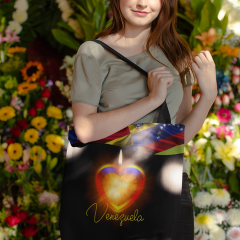 products/tote-bag-mockup-of-a-girl-posing-in-front-of-flower-arrangements-24873.png