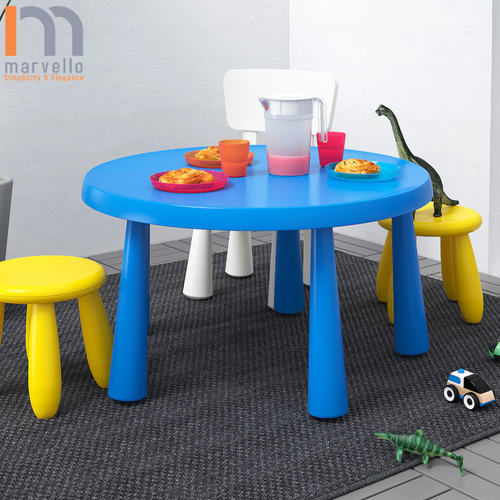 Children's table with two stools