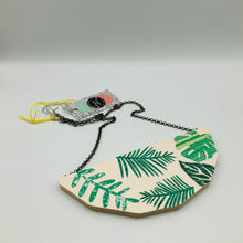 Load image into Gallery viewer, Lucie Ellen Foliage Necklace