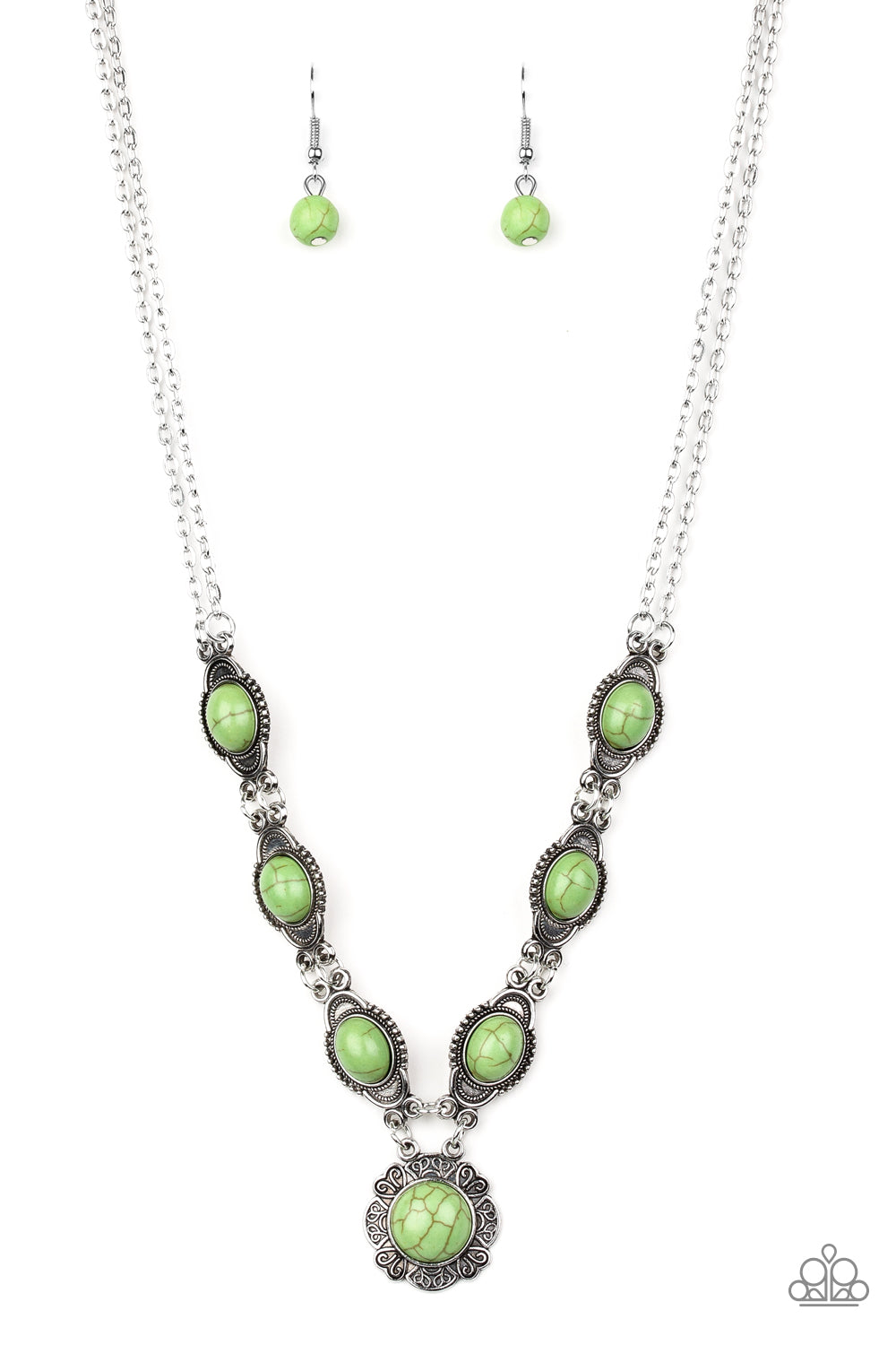Desert Dreamin' - Green Pendant Necklace - The Paparazzi Fox