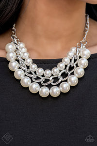 Empire State Empress - White Pearl Necklace - The Paparazzi Fox