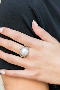 Pearl Powerhouse - Pearl Ring - The Paparazzi Fox