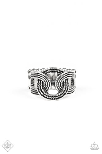 Join Forces - Silver Ring - The Paparazzi Fox