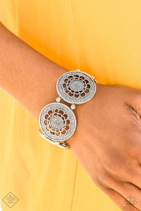 Marigold Medallions - Silver Stretch Bracelet - The Paparazzi Fox
