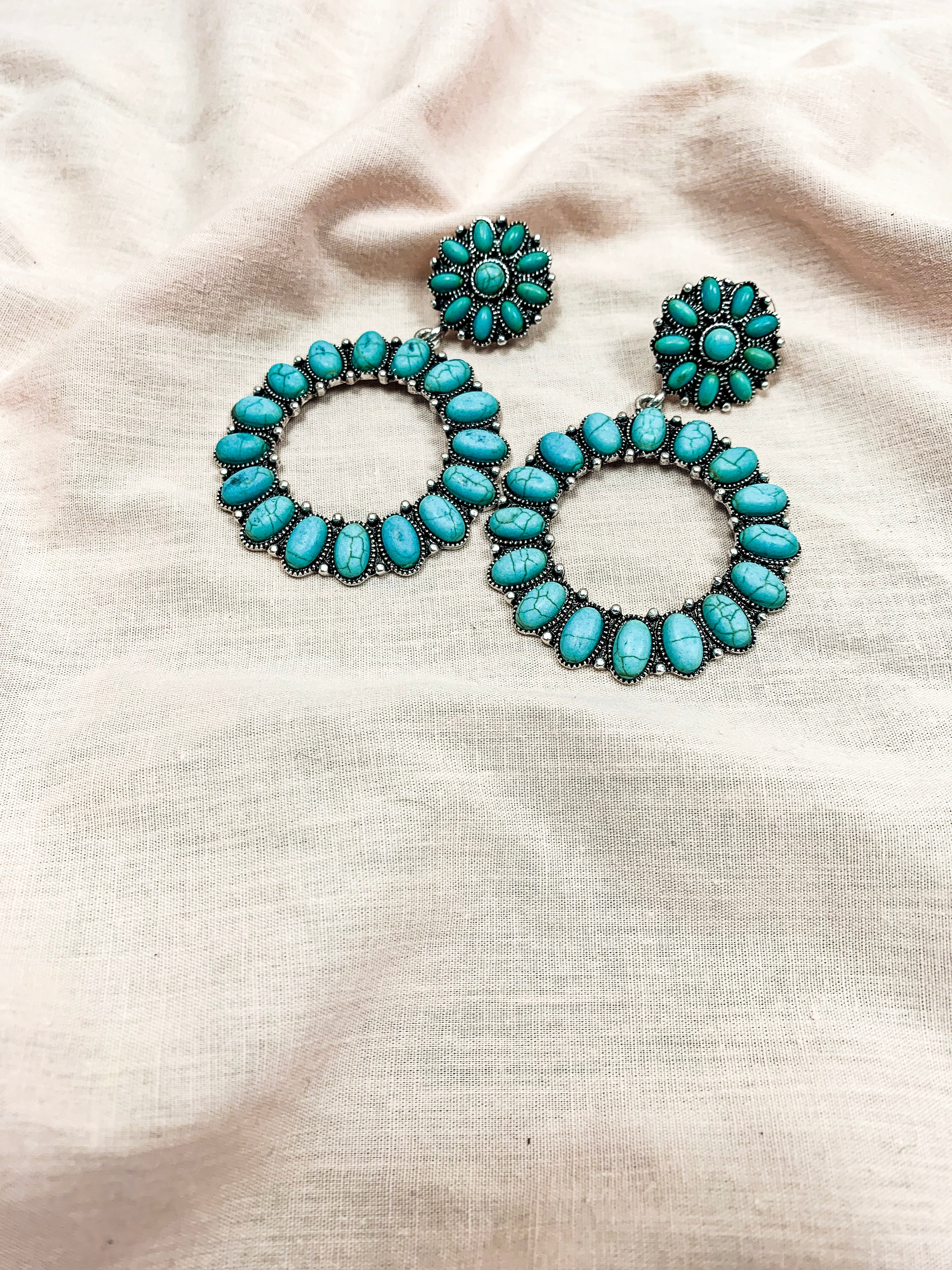 Western Turquoise Round Earrings