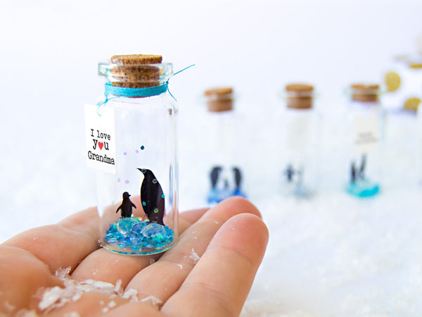 """I love You MOM"" Penguin Gift Bottle - AwwBottles"