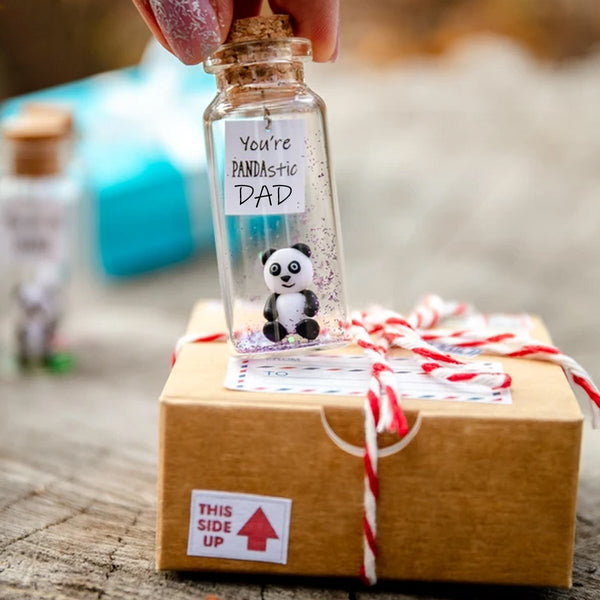 """YOU'RE A PANDASTIC DAD"" Gift Bottle - AwwBottles"