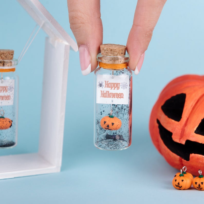 Happy Halloween Personalize Gift - AwwBottles