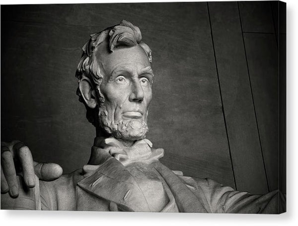 Abraham Lincoln Statue In Lincoln Memorial - Canvas Print from Wallasso - The Wall Art Superstore