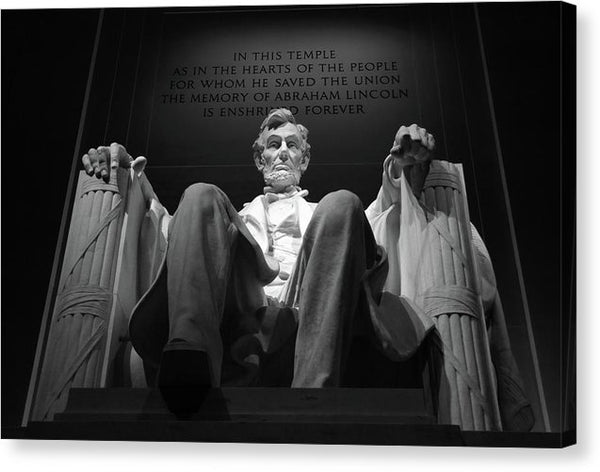 Abraham Lincoln Statue Seated In Lincoln Memorial - Canvas Print from Wallasso - The Wall Art Superstore