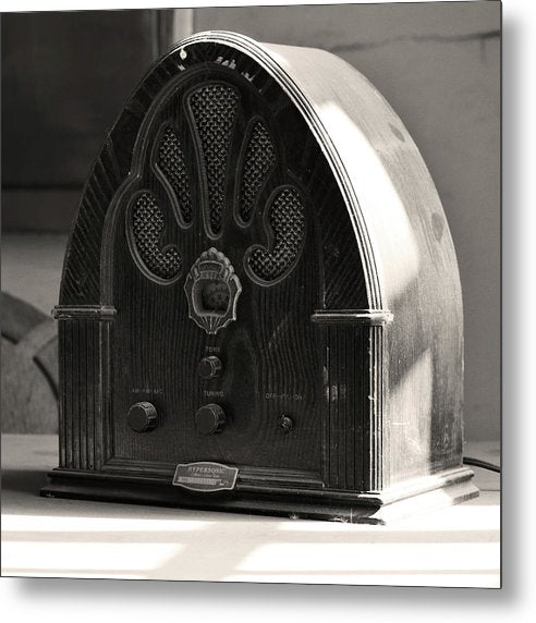 Antique Radio - Metal Print from Wallasso - The Wall Art Superstore