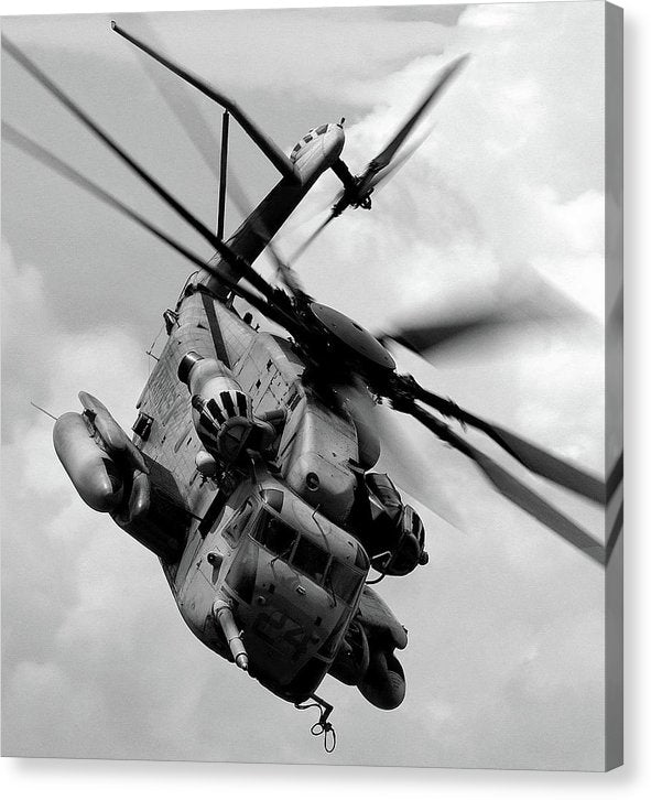 Military Boeing Ch-47 Chinook Helicopter - Canvas Print from Wallasso - The Wall Art Superstore