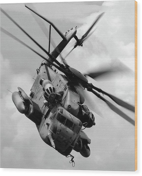 Military Boeing Ch-47 Chinook Helicopter - Wood Print from Wallasso - The Wall Art Superstore