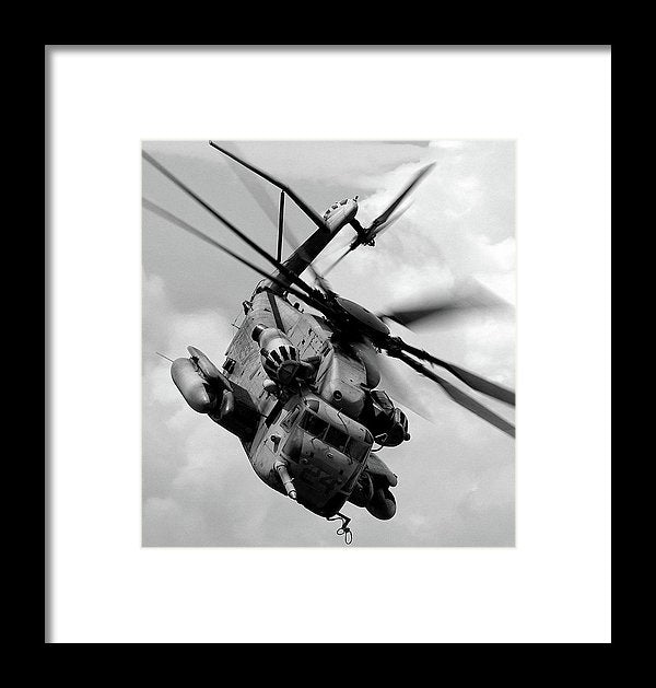 Military Boeing Ch-47 Chinook Helicopter - Framed Print from Wallasso - The Wall Art Superstore