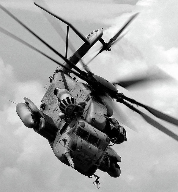 Military Boeing Ch-47 Chinook Helicopter - Art Print from Wallasso - The Wall Art Superstore