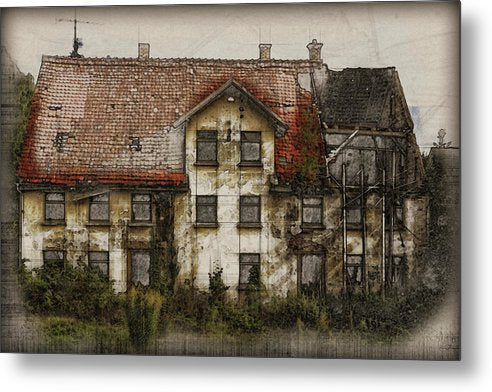 Old House - Metal Print from Wallasso - The Wall Art Superstore