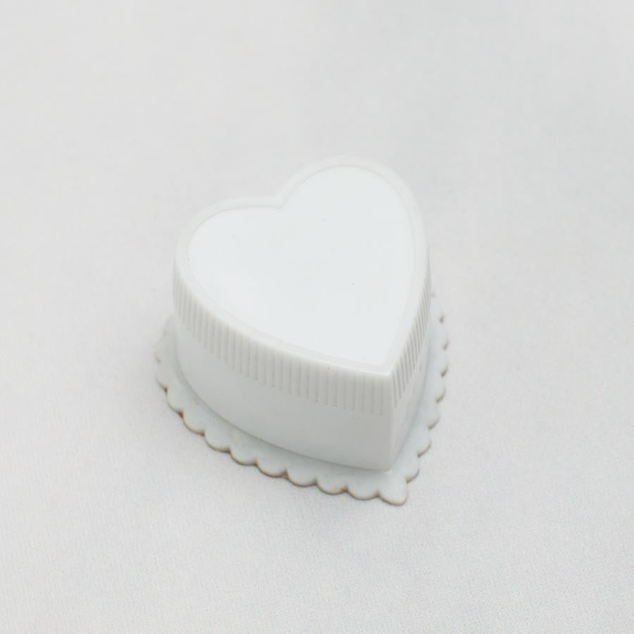 Heart Shaped Art Deco Ring Box - thestylingmat