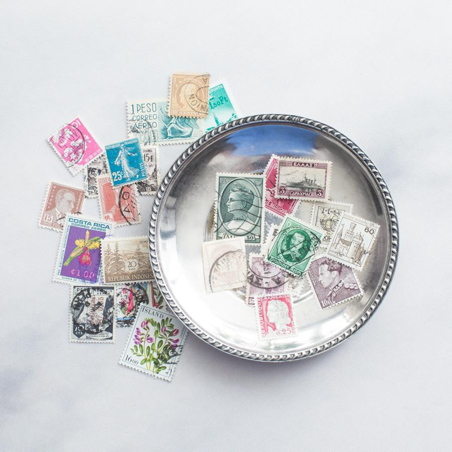 25 Assorted Vintage Stamps - thestylingmat