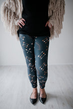 Arrows And Feathers Leggings * OS only*