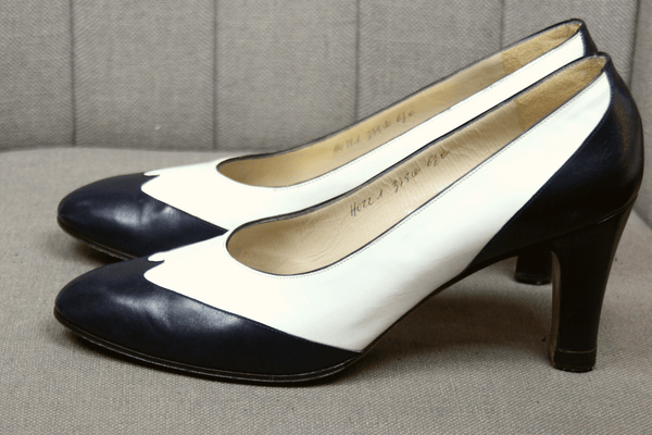 Salvatore Ferragamo Leather Pointed-Toe Pumps
