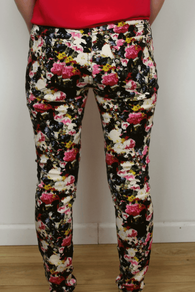 BDG mid rise twig floral print jeans