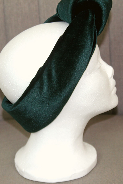 AnuKana Handmade Velvet Headband in Green
