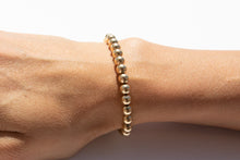 Load image into Gallery viewer, Medium Bracelet Yellow Gold