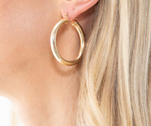 Load image into Gallery viewer, Thick Gold Hoop Earrings
