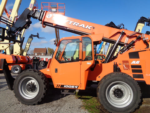 2019 SKYTRAK 10054 10000# TELESCOPIC TELEHANDLER 4WD ENCLOSED HEATED CAB