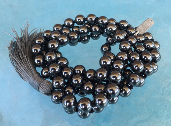 Original Magnet Stone Mala (8 mm)