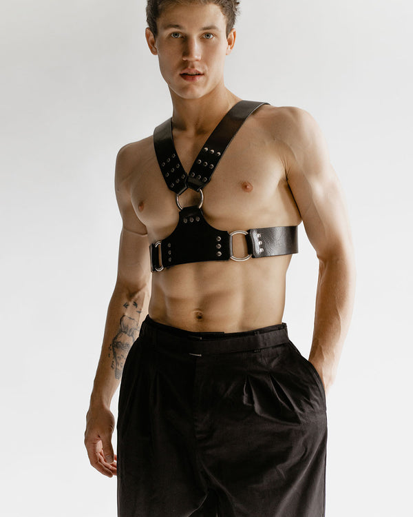 leather harness for man