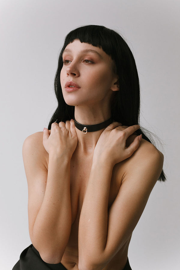 leather bdsm choker