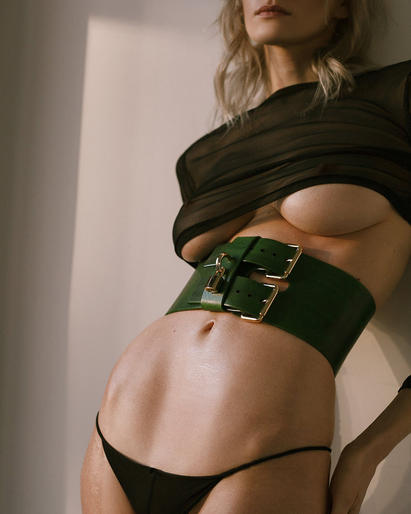 Anoeses green wide leather belt