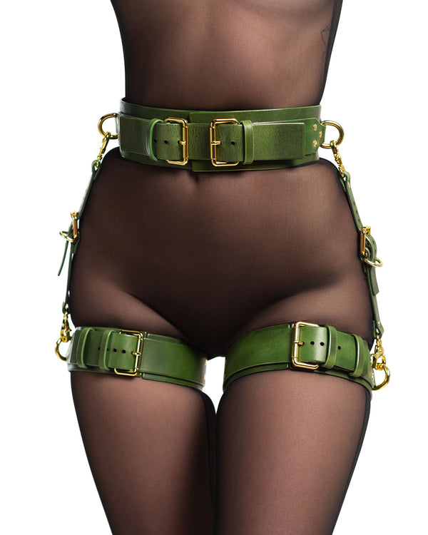 "Set with Garters ""UNO"" Green"