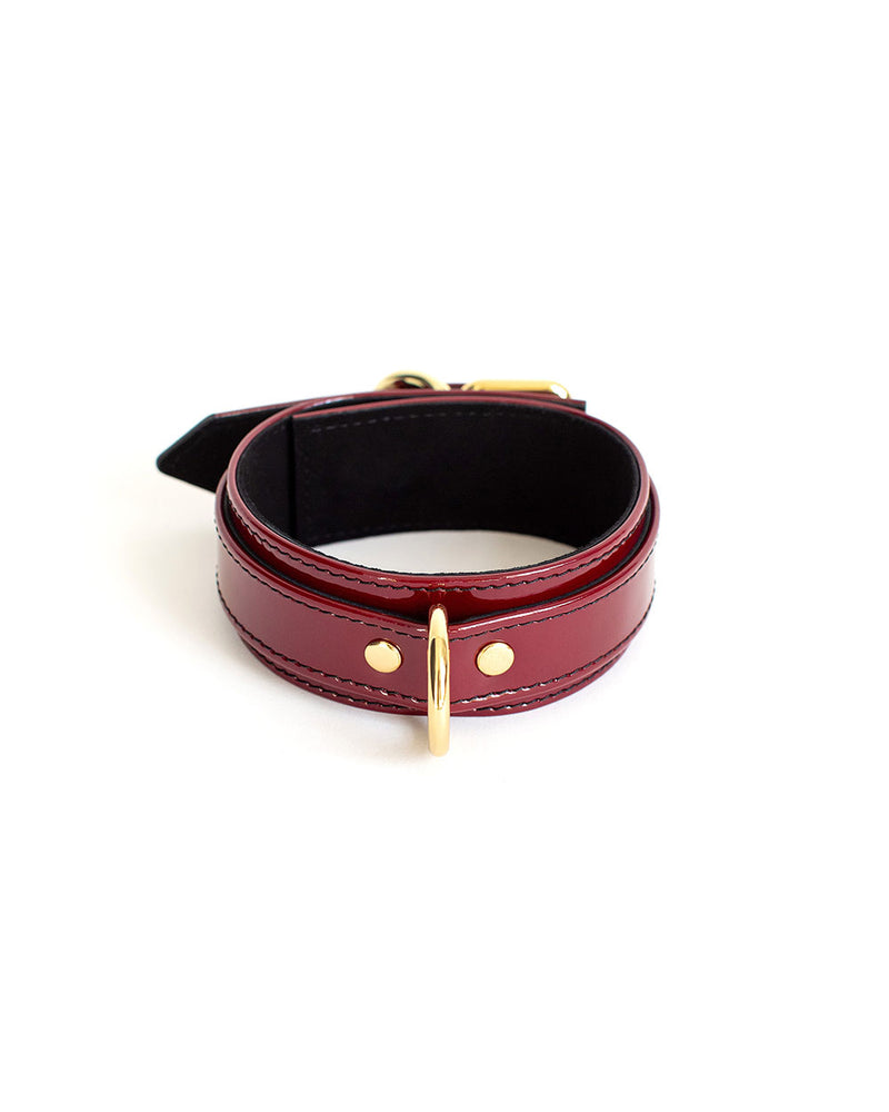 bondage leather collar