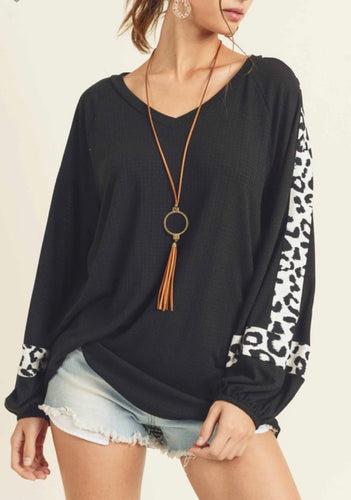 Black V-Neck Leopard Balloon Sleeve