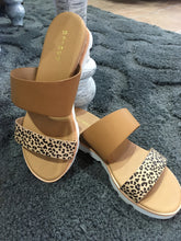 Load image into Gallery viewer, Cork Wedge - Cheetah