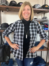Load image into Gallery viewer, Black & White Plaid Shirt