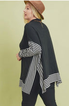 Load image into Gallery viewer, Oversized Cape Sweater
